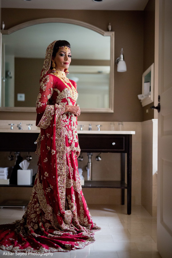 Indian weddings ideas pictures vendors videos more and make sure to scroll below for our exclusive interview with maharani memona junglespirit Images