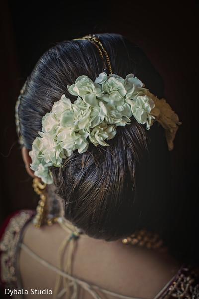 Fabulous indian bride's hair design