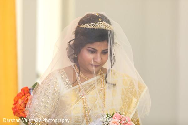 Take a look at this ravishing indian bride