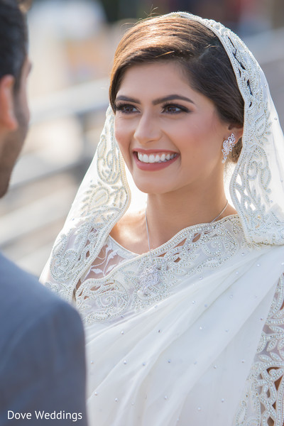 Ravishing indian bride smiling capture