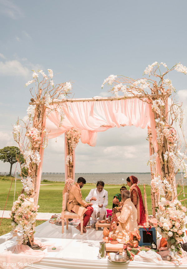 See this traditional indian wedding ritual
