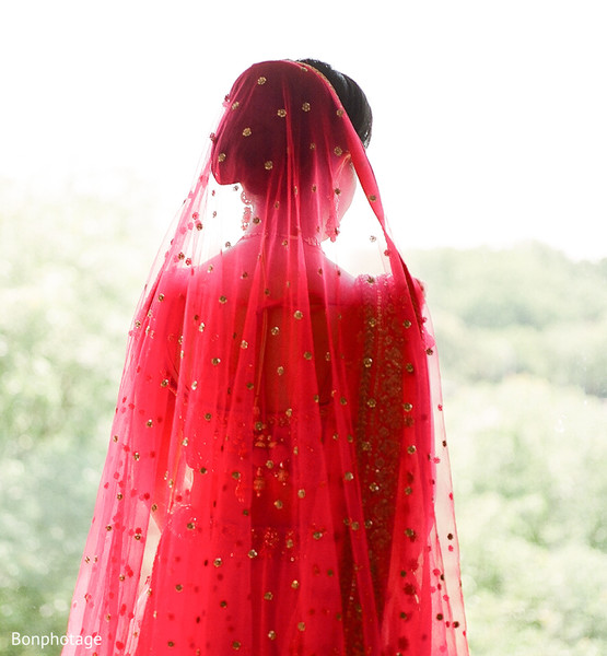 Gorgeous Indian wedding ghoonghat.
