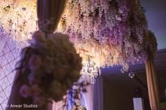 Graceful floral decor