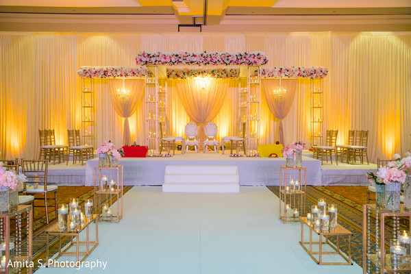 Enchanting Indian Wedding Mandap Decoration Photo 159817