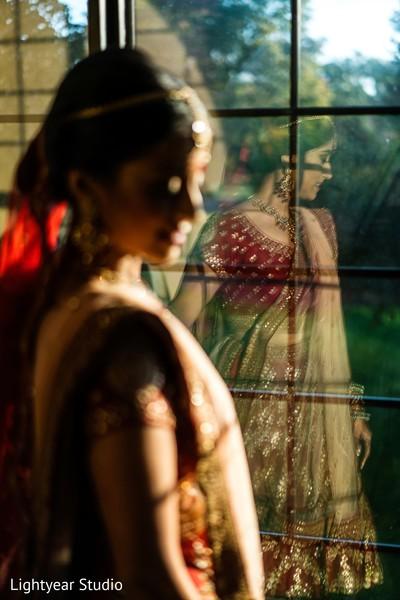 Splendid indian bride's photo session