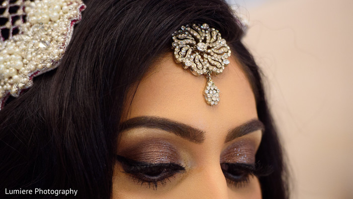 indian bride,indian bride hair and makeup,indian bride fashion,indian bride jewelry