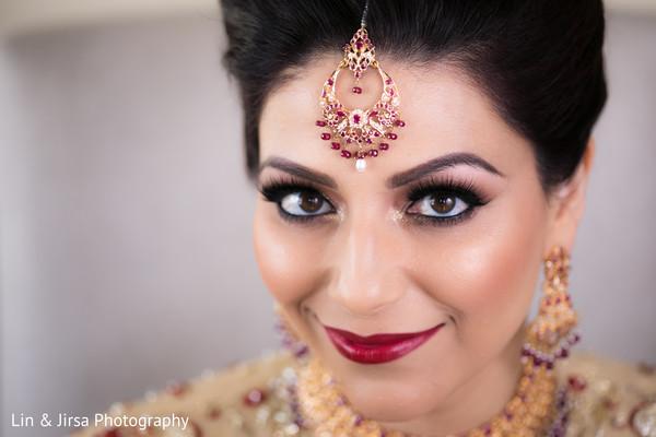 indian wedding gallery,indian bride,bridal tikka,indian bridal makeup