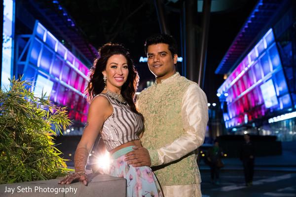 indian bride and groom,indian wedding fashion,indian wedding portrait