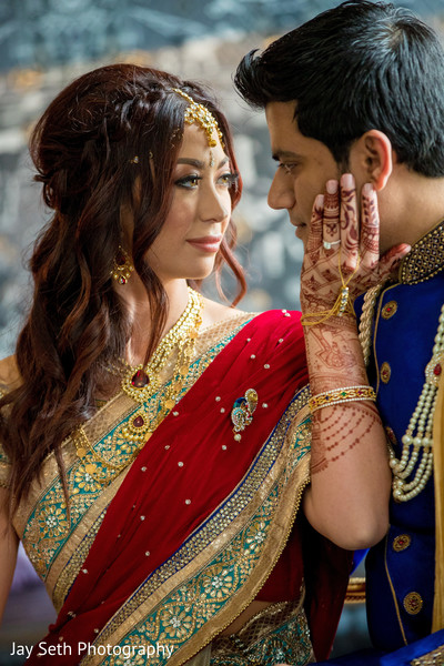 indian bride and groom,indian wedding fashion,indian wedding portrait,first look photography
