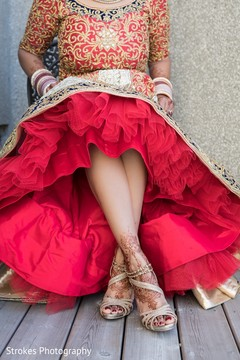 Marvelous indian bridal mehndi for feet