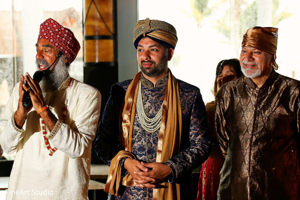 Indian groom ready to get married in Cancun, Mexico Destination Sikh Wedding by FineArt Studio