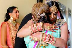 indian bride jewelry,indian bride bangles,mehndi