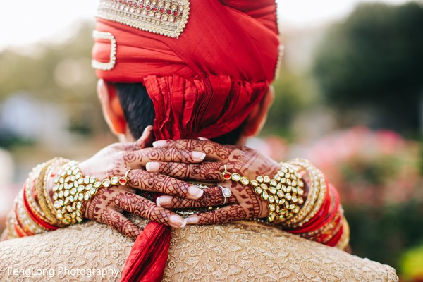 Amazing indian bride's mehndi
