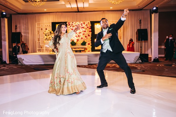 Indian newlyweds' dance performance