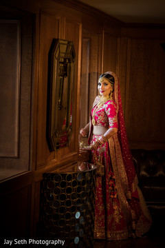 indian bride,indian wedding hair and makeup,indian wedding jewelry,indian bride fashion