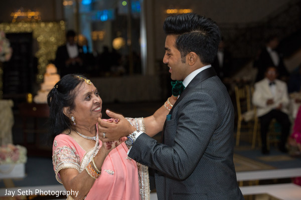 Lovely capture for Indian groom and mothers dance.