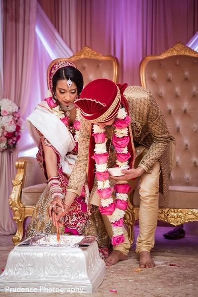 indian wedding,sacred fire,wedding ceremony