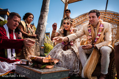 paddy rice,indian bride and groom,indian wedding fashion,indian wedding ceremony