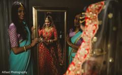 indian wedding gallery,indian bride getting ready,bridal jewelry,indian bride fashion