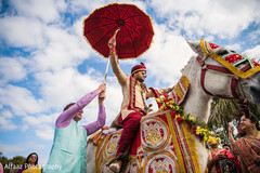 indian wedding baraat,baraat procession,baraat horse,indian groom