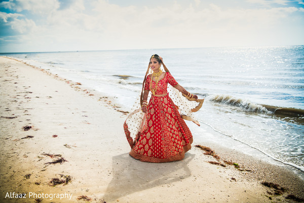 indian wedding gallery,outdoor photography,indian bride