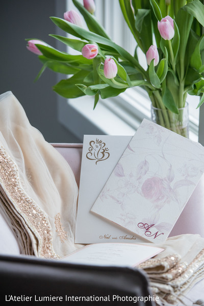 indian wedding flowers decor,indian wedding invitations