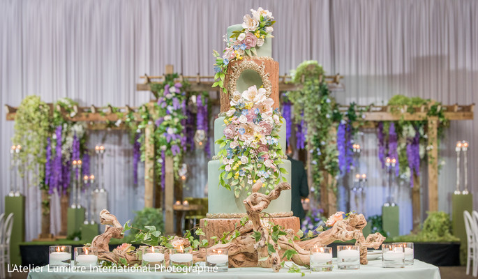indian wedding cake,indian wedding cake decor,indian wedding cake table