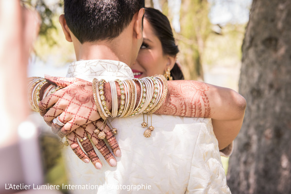 indian wedding fashion,indian bride and groom,indian bride jewelry,mehndi art.