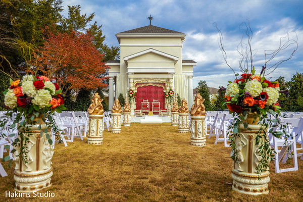 mandap,indian wedding ceremony floral and decor,indian wedding aisle decor,indian wedding venue