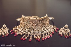 Dazzling indian bridal necklace