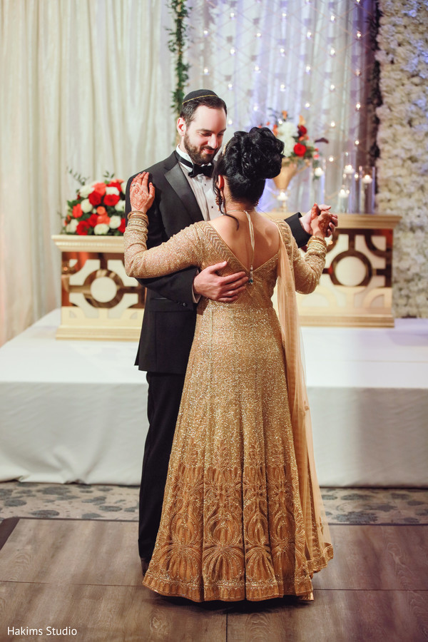 indian wedding,bridal lengha,indian couple