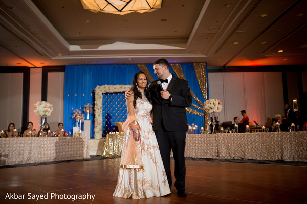 indian wedding reception,indian wedding fashion,indian wedding bride and groom