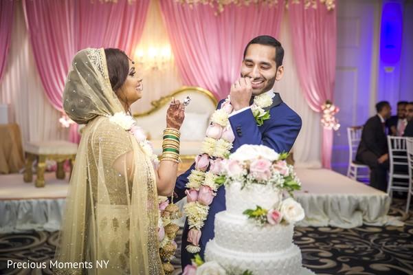 indian wedding reception,indian wedding reception photography,indian wedding cake