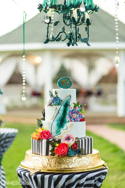Spectacular indian wedding tier cake
