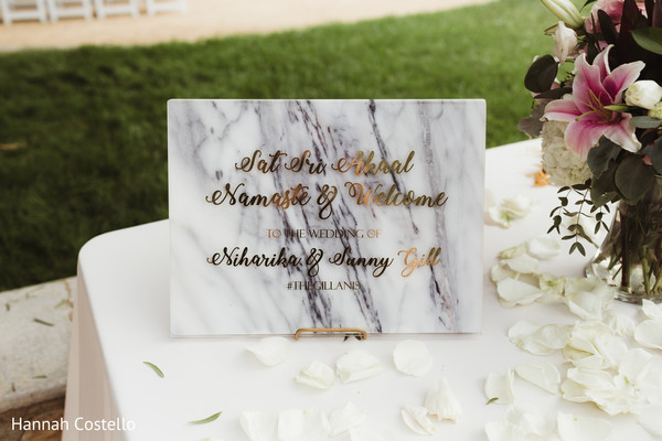 indian wedding ceremony,indian wedding ceremony decor,welcome sign
