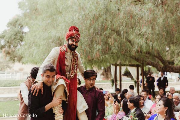 indian wedding ceremony,indian wedding ceremony photography,indian groom fashion