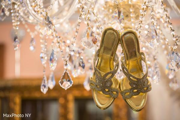 Fantastic indian bride's shoes capture