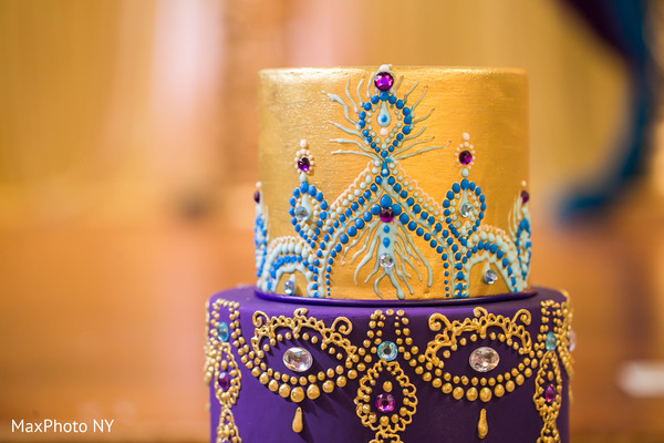 Awesome indian wedding cake design