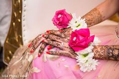 Astonishing indian bride's mehndi