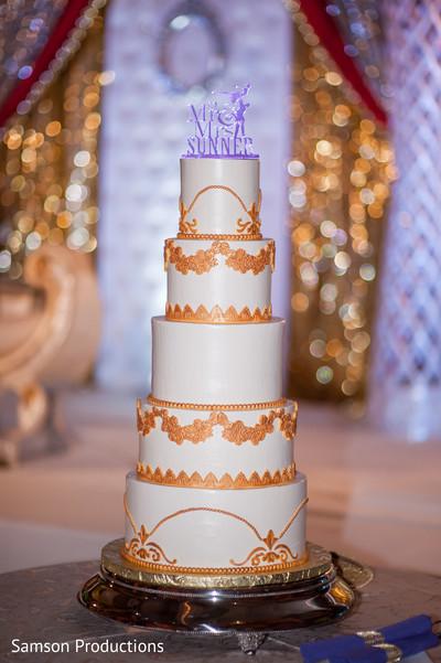 Indian wedding cake art