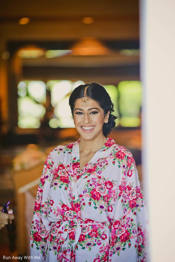 Magnificent Indian bride's makeup.