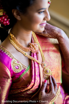 bridal sari,bridal jewelry,indian bride jewelry