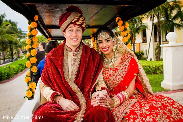 indian bride and groom,indian bride hair and makeup,indian bride jewelry,indian wedding ceremony fashion