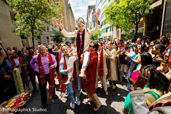 indian wedding baraat,baraat horse,baraat procession,indian groom