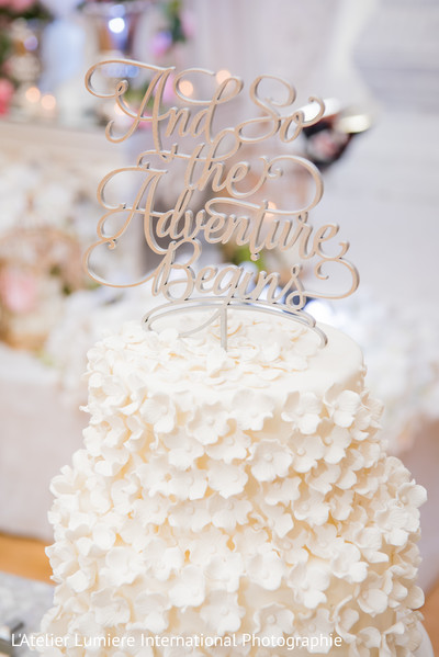 Fabulous indian wedding cake topper