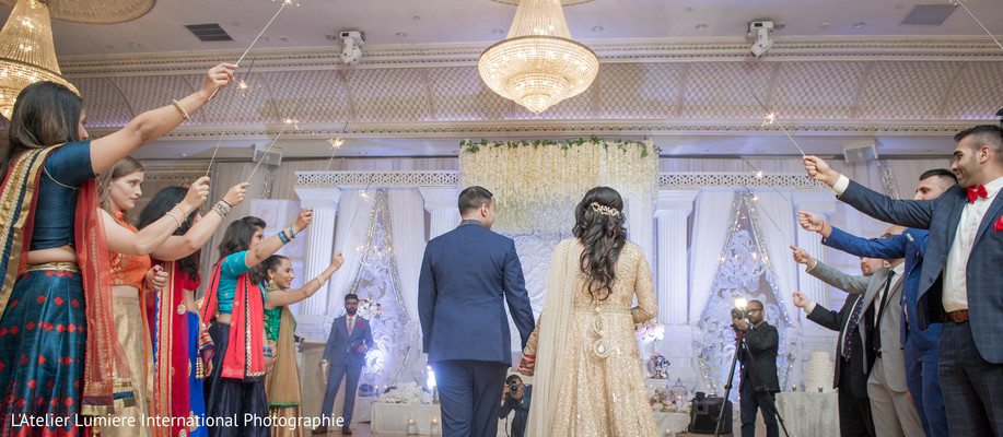 Glamorous indian couple's entrance