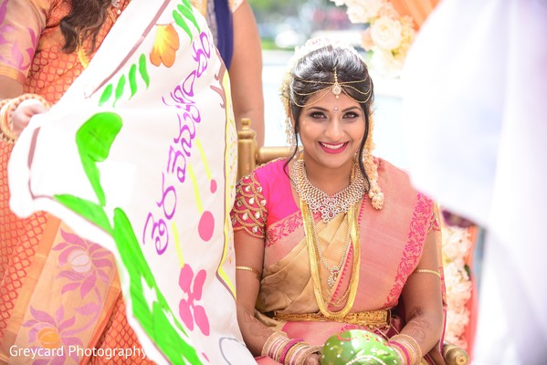 Maharani about to see the groomMaharani about to