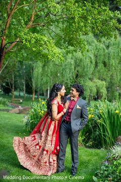 indian bride and groom,indian wedding reception fashion,indian bride hair and maikeup