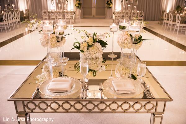 indian wedding decor,indian wedding candles decor,indian wedding table decor,indian wedding flower decor