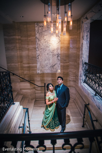indian bride and groom,india wedding fashion,india wedding venue